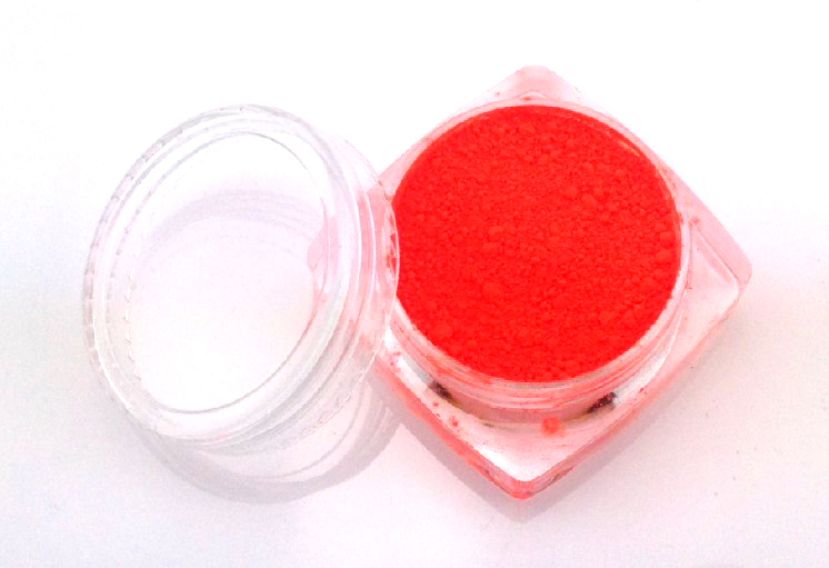 Pigment por 3g-16