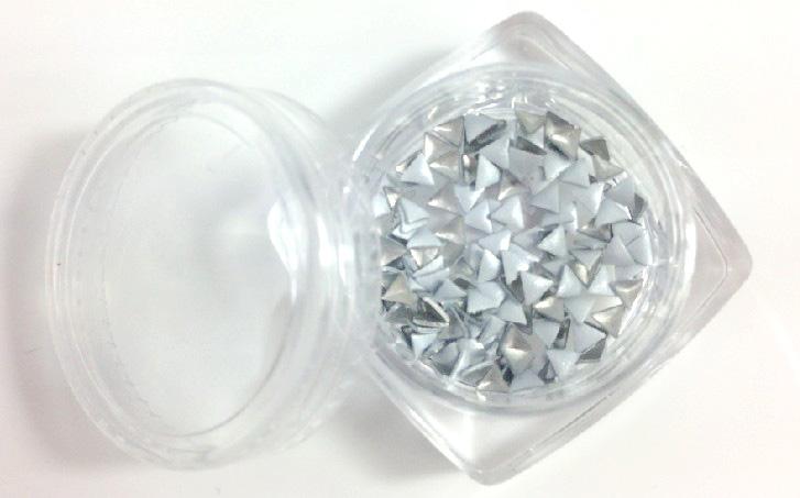 háromszög alakú szegecs 50db 3-30-109