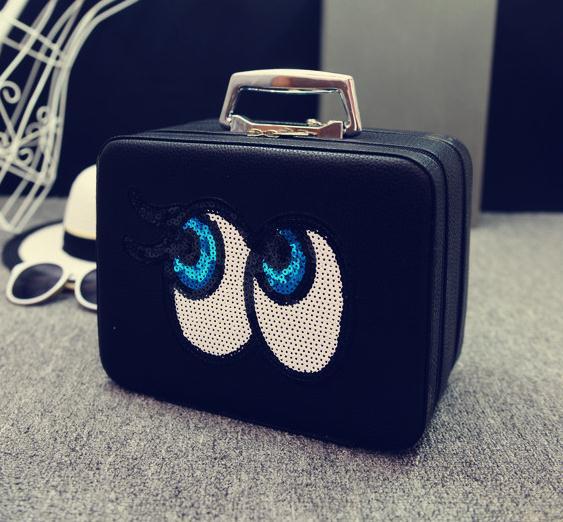 Big eyes Kozmetikai táska,Fekete
