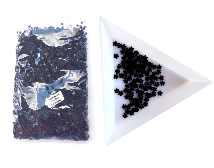 3mm virág kövek,10000db/cs,fekete